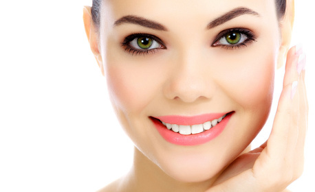 Почистване на лице, шия и деколте с ултразвук, плюс шоколадова антистрес терапия или кислородна мезотерапия