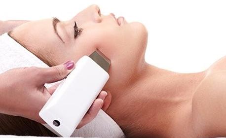Грижа за лицето! Лимфодренажен масаж, лифтинг терапия или дълбоко почистване и ампула с ултразвук