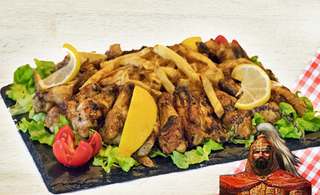 1.6кг плато с пилешки крилца на скара и пържени картофки