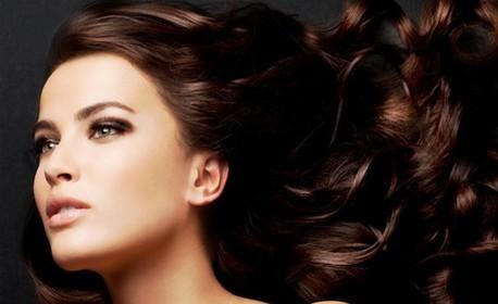 Измиване на коса, плюс оформяне с прав сешоар или изправяне с кератинова преса