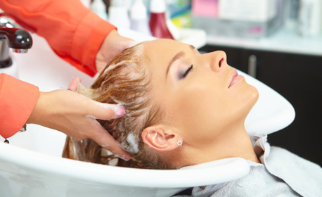 Дълбоко възстановяваща и реконструираща терапия за коса в 3 фази, плюс оформяне със сешоар