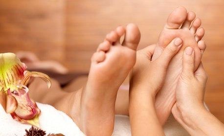 Класически масаж на цяло тяло с билкови или арганови масла, плюс масаж на лице и рефлексотерапия