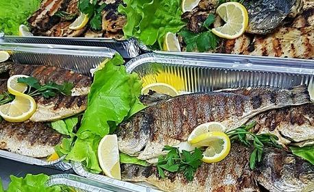 Хапни у дома прясно уловена и приготвена на момента риба по избор - смадок, сом или щука