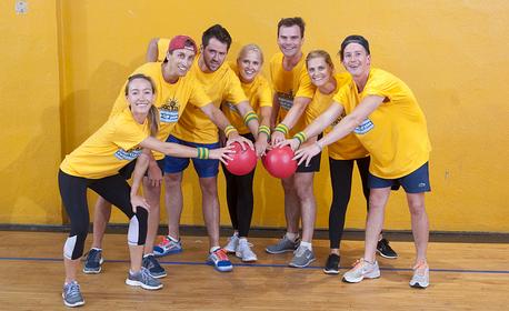 Забавление за до 12 човека! 60 минути отборна игра Dodgeball - вариация на играта Народна топка