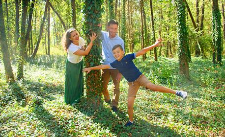 Есенна семейна фотосесия на открито, с до 100 обработени кадъра