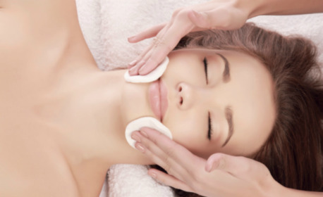 Почистване на лице с ултразвукова шпатула, плюс хидратираща маска с водорасли, ампула с лифтинг ефект и масаж
