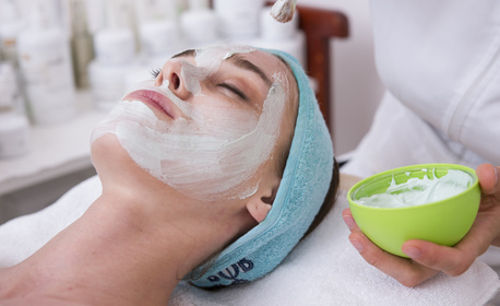 Почистване на лице, плюс маска