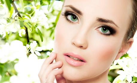 Почистване на лице с ултразвук и ампула или хиалуронова терапия