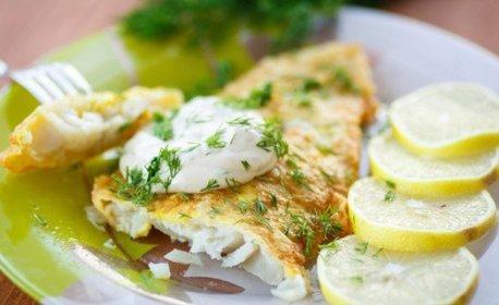 Пържени картофки, салата, рибка или морски дарове по избор - за вкъщи