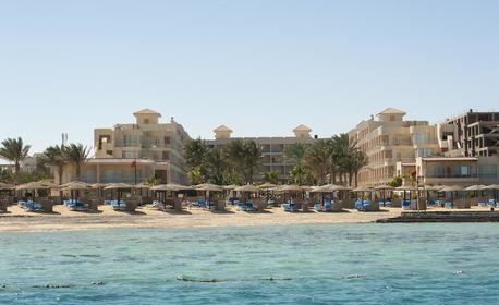 Посети Хургада през Декември! 7 нощувки на база All Inclusive в Хотел Sea Star Beau Rivage*****, плюс самолетен транспорт