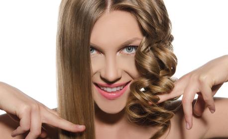 Възстановяваща терапия за коса, плюс официална прическа