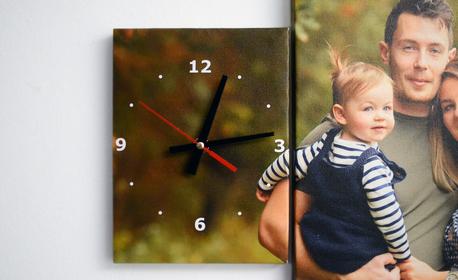 Персонализиран подарък! Канава в 3 части - със стенен часовник и снимка на клиента