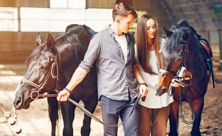Урок по конна езда или разходка с кон - за двама