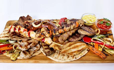 За вашия празник! Куверт за 5 човека - шопска салата и плато скара
