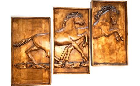 Уникален коледен подарък! Дърворезбовано пано с основа от липа, в модел и дизайн по избор