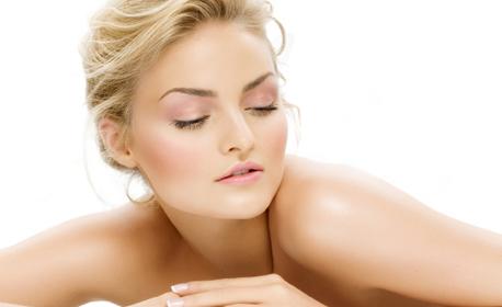 Лифтинг масаж на лице с ампула Q10 и етерично масло от канела