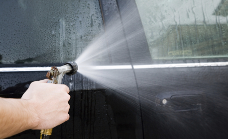 Изпиране на салон на лек автомобил, плюс външно измиване