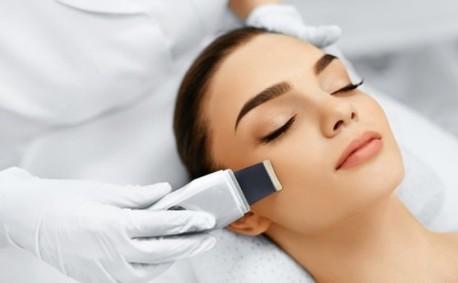 Ултразвуково почистване на лице, плюс масаж и маска