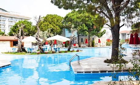 Екскурзия до Сиде през Април! 7 нощувки на база Ultra All Inclusive в Lyra Resort Hotel*****, плюс самолетен транспорт от Варна