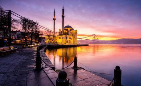 """Посети Истанбул с 4 нощувки със закуски, транспорт и възможност за Принцовите острови, булевард Багдат, Ортакьой и """"Мини Турция"""""""
