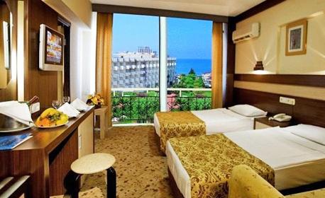 Почивка в Алания! 7 нощувки на база Ultra All Inclusive в хотел Lonicera World 4*
