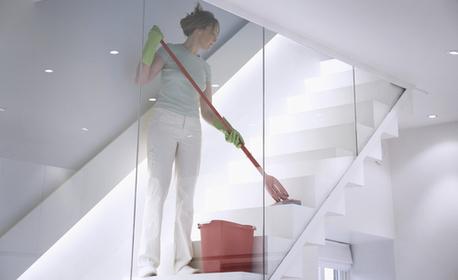 Дезинфекция на етаж от вход на жилищна или бизнес сграда