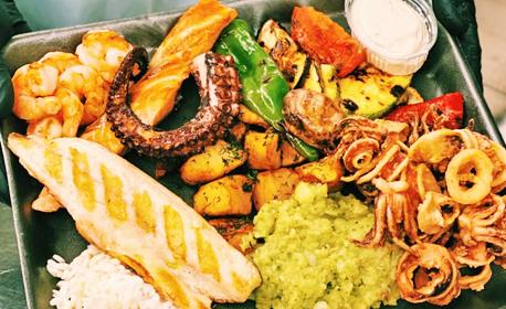 Хапни вкъщи - с безплатна доставка! Микс сръбска скара, различни видове месо на BBQ или средиземноморски микс