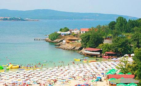 Лято в Китен - на брега на плаж Атлиман! 2, 3, 5 или 7 нощувки със закуски и вечери, плюс басейн