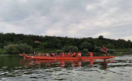 Уникално преживяване с лодки дракон в Русе или Силистра! Нощувка със закуска, вечеря и 2 обяда