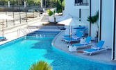 Изпрати лятото в Созопол! Нощувка със закуска за двама или трима, плюс басейн - на 50 метра от плажа