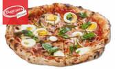 Салата, пица на пещ и десерт по избор, с възможност за доставка