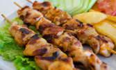 Шишчета от пангасиус, или пилешки шишчета с гарнитура