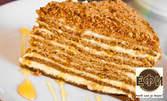 Торта Медовик по класическа рецепта - 8 или 14 парчета сладост