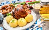 1кг запечено свинско джоланче със задушени картофки с копърче и чесън, плюс чесново гюзлеме или пърленка