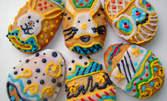 Бутикови ръчно рисувани меденки под формата на великденски яйца