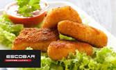 Плато с панирани хапки - пилешки, сирене и кашкавал пане