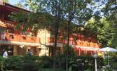 Релакс в Боровец! Нощувка със закуска, с ползване на сауна, парна баня и фитнес, или частичен масаж