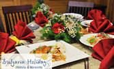Екзотична тристепенна вечеря за двама в Taste of Asia, Пирин Голф & Кънтри клуб