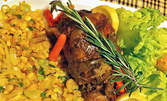 Джолан по баварски, сотирани пресни картофи, сокотаж от сладка царевица и пържен кромид, и сос барбекю