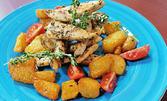 Филе от сьомга на плоча с рататуй или билкови пилешки филенца с карамелизирани картофки и домашна торта