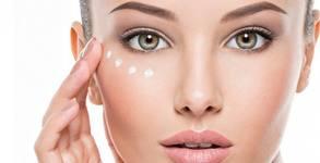 Терапия за околоочен контур против бръчки, или почистване на лице с ензимен пилинг и хидратираща терапия с хиалурон