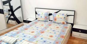 Нощувка в апартамент за до шестима в центъра на Русе