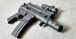 40 изстрела единична стрелба или 100 изстрела с автоматично оръжие реплика