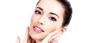 Дълбоко почистване на лице с ултразвукова шпатула, плюс кислородна терапия - от лекар дерматолог