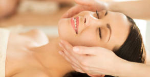Красота и здраве с масаж по избор - лифтинг, лечебен или антистрес
