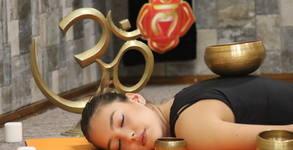 Контактен вибрационен масаж на цяло тяло с тибетски пеещи купи