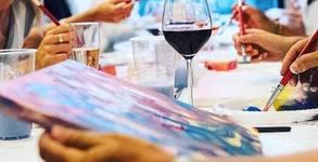 3 часа рисуване върху платно с напътствия от художник, плюс чаша вино и минерална вода