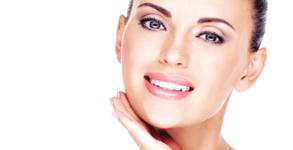 Почистваща процедура за лице с ултразвуков пилинг и масаж, хидратираща или лифтинг терапия