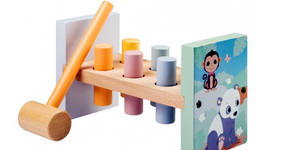 Дървена детска играчка с чукче Joueco