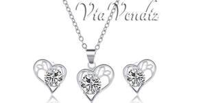 """Комплект бижута """"Обич"""" - колие и обеци със сребърно покритие и австрийски кристали"""